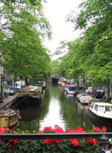 Амстердам не в свете красных фонарей
