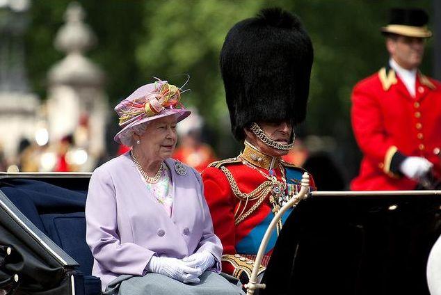 У королевы Великобритании — два дня рождения в году