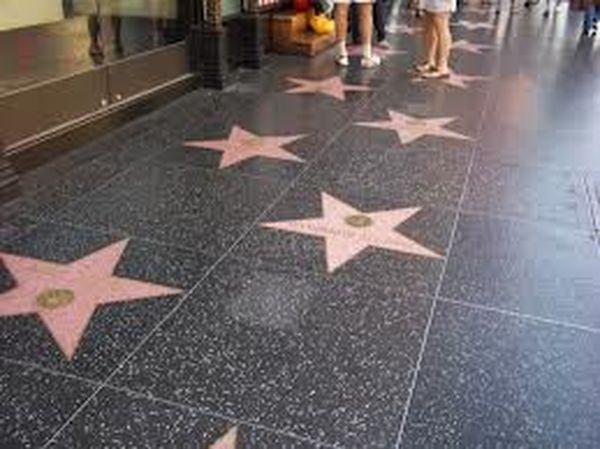 Чем знаменательны улицы Голливуда