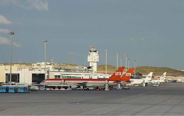 Аэропорты Канарских островов