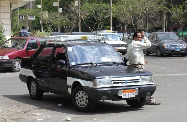 Транспорт в Каире старое такси