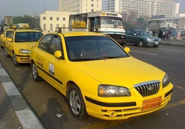 Транспорт в Каире желтое такси