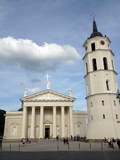 Самостоятельно в Литву
